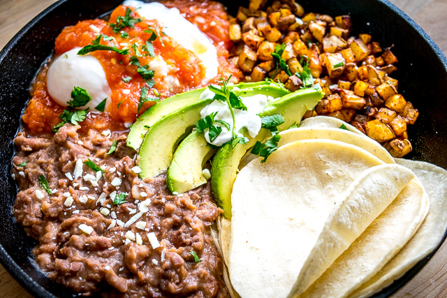 'Come and Get It' Huevos Rancheros Skillet