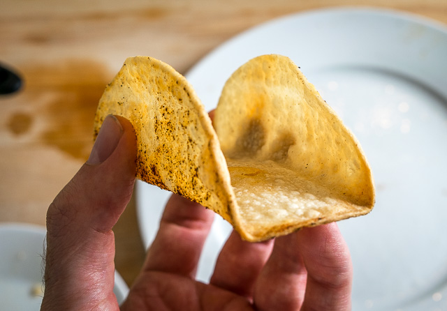 How to make corn tortillas crispy