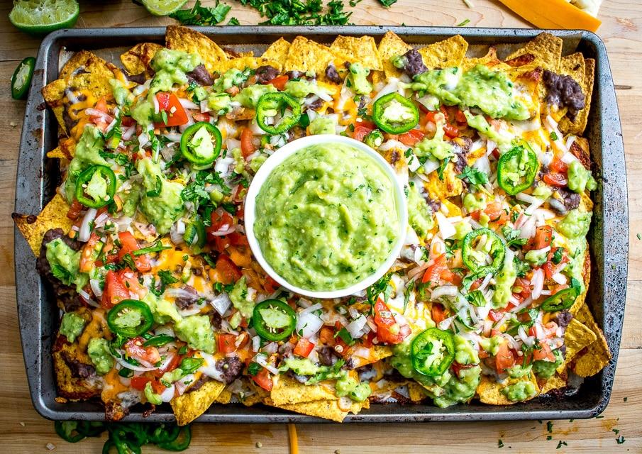 Spicy Black Bean Nachos | Mexican Please