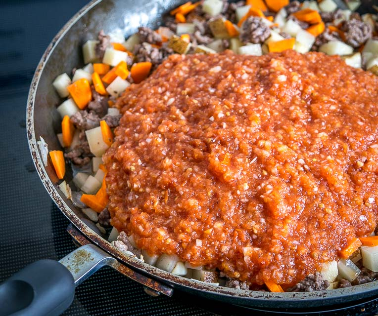 If you're familiar with our Mexican Picadillo from a couple weeks ago then you're going to love this version! It adds a fiery dose of chipotle cinnamon flavor to create a unique, savory batch of home-cooked Picadillo. So good! mexicanplease.com