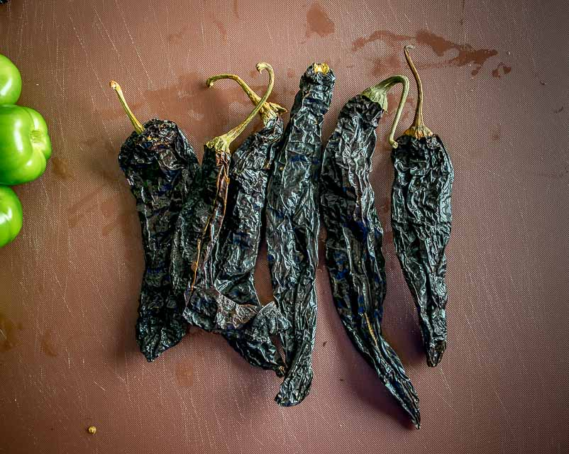 Six dried Pasilla chiles