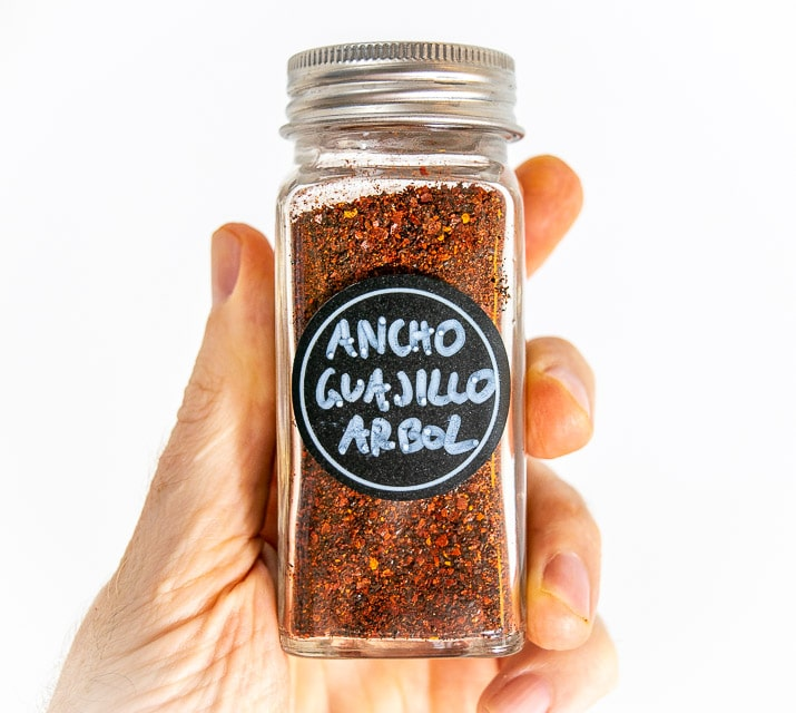 Most store-bought chili powders have too many ingredients! But if you grind your own you'll get a pure, delicious flavor that will work wonders in your home cooking. mexicanplease.com