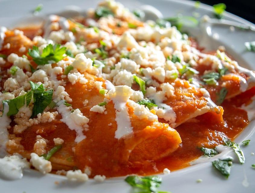Adding Crema to the Entomatadas