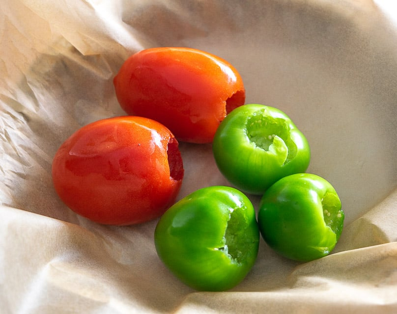 Roasting tomatoes and tomatillos
