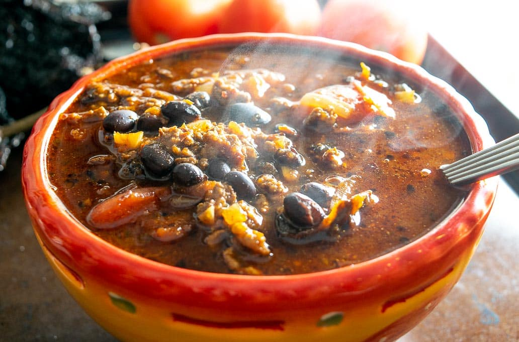 This is a great recipe for a fiery batch of Chili con Carne made with Ground Beef. Keep in mind that the chile combo is flexible so feel free to adjust based on what you have. mexicanplease.com